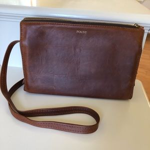 Fount crossbody bag!